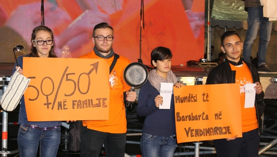 Albanian young people, y-peer network activists in the 16 days of activism activities against VAW